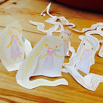 「アナと雪の女王」と同時に 「塔の上のラプンツェル」にもハマったごろな。 ラプンツェル人形の試作品。